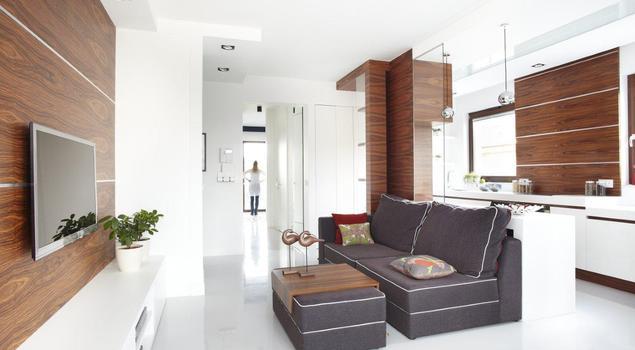 Aranżacja salonu - jasna, przestronna i funkcjonalna