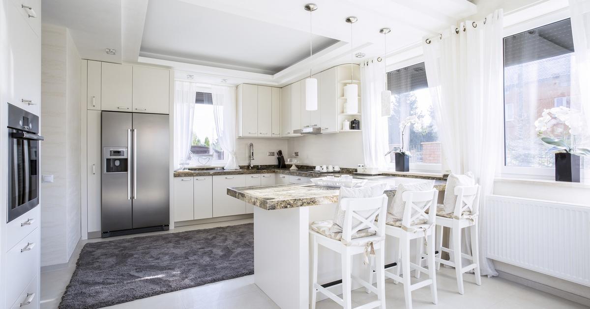 Blat granitowy w białej kuchn -> Biala Kuchnia Z Drewnianym Blatem Jaka Podloga